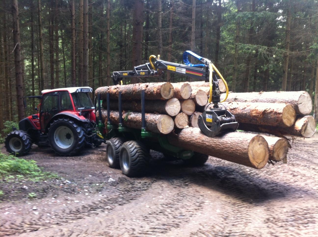 CT 7,0-10G2 mit einer Bauholzfuhre . Danke für die Profi Aufnahme
