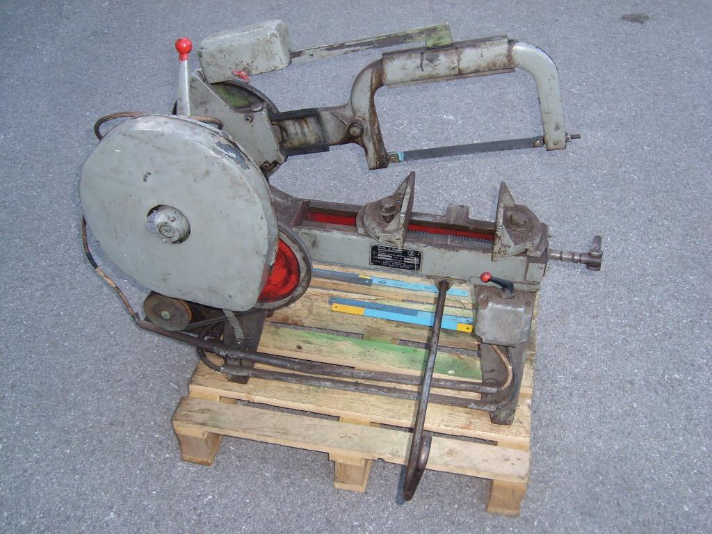 Metallhubsäge in sehr guten und genauen Zustand mit Ersatz Sägeblätter  (3)